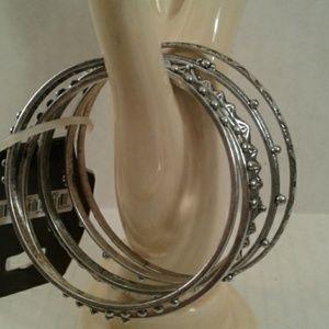 Set Of 5 Bangle Bracelets Silver in color